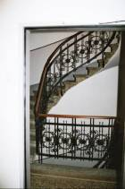 Das Haus hat keinen Aufzug. So konnte das antike Treppenhaus original erhalten bleiben